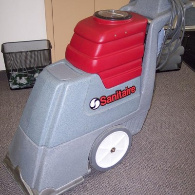 Sanitaire Walk Behind Carpet Cleaning Machine for Sale
