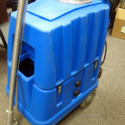 Used Neumatic Portable Carpet Cleaning Machine for Sale